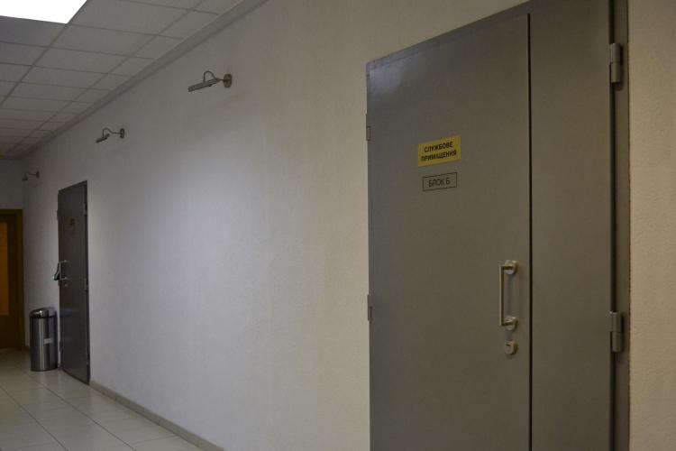 Двери в блоки дата центра United DC